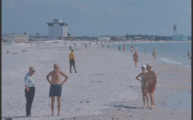 Miami Beach, Florida, April 1974. (Bernard Gotfryd Photograph Collection/Library of Congress)