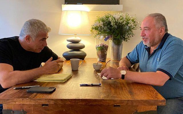 Avigdor Liberman meeting with Yair Lapid. June 19 2021. (Twitter)