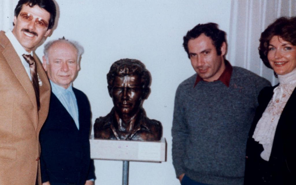 Dr. Mike Evans (L) with BenZion Netanyahu, Benjamin Netanyahu and Fleur Cates (Courtesy)