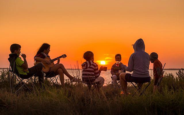 Teens at summer camp. (iStock)