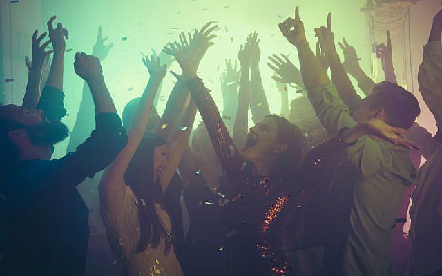 Club dancing. (iStock)