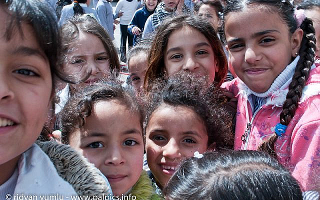 (Balata Refugee Camp, West Bank town of Nablus, UNRWA School/Beautiful Faces of Berlin/Flickr/CC BY 2.0)