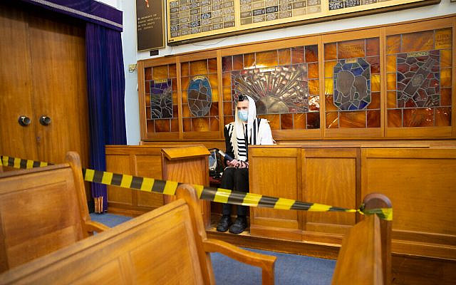 Synagogue in Edgware under Covid restrictions early in the pandemic. (Marc Morris Photography via Jewish News)