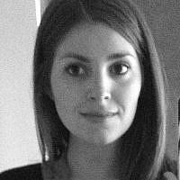 Elise Bloom