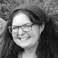 Ester Karen Aida