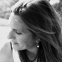 Nicole Jansezian