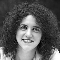 Sarrah Bechor