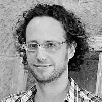 Ariel Levinson