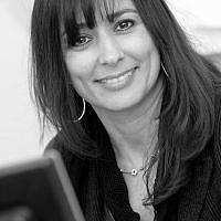Caroline Kahan