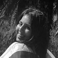 Chloe Levian
