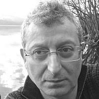 Gary Sinyor