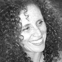 Iris Posklinsky