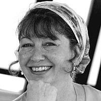 Naomi Kahn