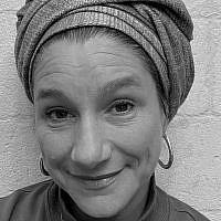 Lara Kwalbrun
