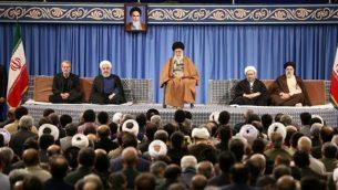 خامنه ای در کنار روسای ۴ قوه حاکم بر رژیم جمهوری اسلامی
