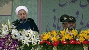 روحانی و دو فرمانده ارشد - عکس از وحید سالمی آسوشیتدپرس