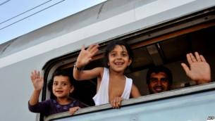 پناهجویان عازم اروپا - خبرگزاری فرانسه