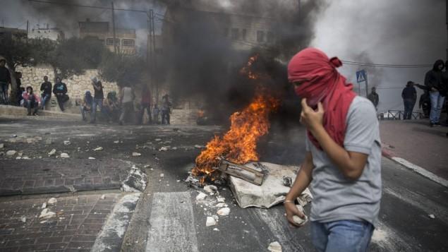 آشوبگران فلسطینی - عکس از حاداس پاروش