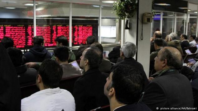 نمایی از بورس در بحران اقتصادی - عکس از بهرامی