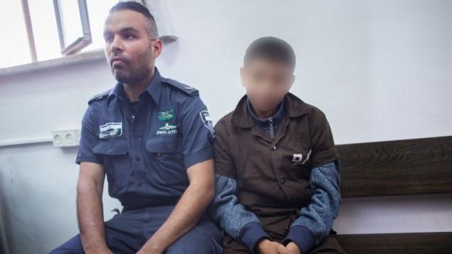 پسر خردسال فلسطینی معاویه آلکام ۱۹ نوامبر ۲۰۱۵ در دادگاه اورشلیم- یوناتان سیندل