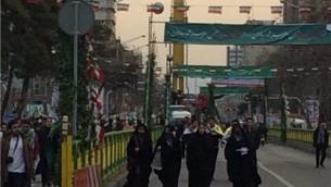 نمایش موشکهای بالستیک و ماهوارهبر در راهپیمایی 22 بهمن تهران