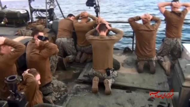 بازداشت ملوانان آمریکا توسط سپاه پاسداران در خلیج فارس را نشان می دهد