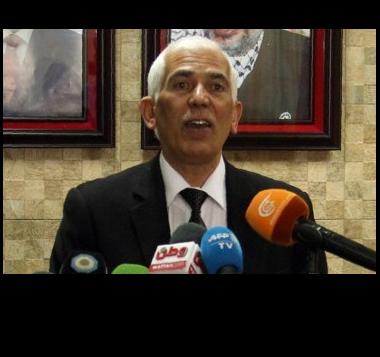 فرماندار فلسطینی حبرون، کمال حمید در حال سخنرانی