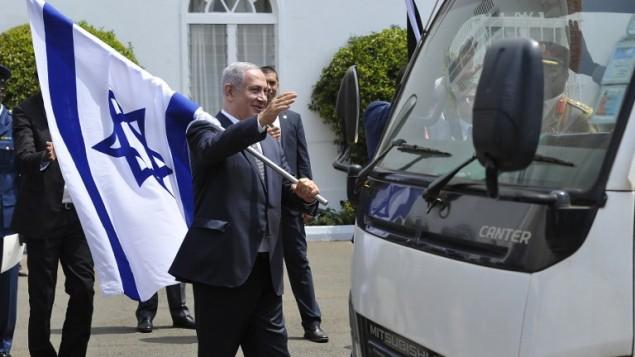 بنیامین نتانیاهو پس از کنفرانس مشترک رسانه ای با رئیس جمهور کنیا - خبرگزاری فرانسه