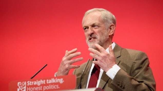 جرمی کوربین رهبر حزب کارگر بریتانیا در سومین روز کنفرانس سالانه حزب کارگر در برایتون انگستان