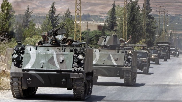 نیروهای کمکی ارتش لبنان ۴ آگوست ۲۰۱۴ وارد حومه عرسال، شهری عمدتا سنینشین در اطراف مرز سوریه با شرق لبنان، می شوند