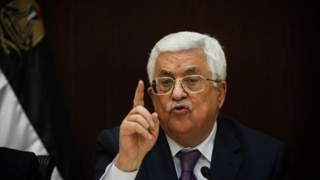 محمود عباس رئیس تشکیلات فلسطینی در گفتگو با خبرنگاران اسرائيلی
