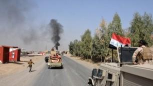 ارتش عراق مستقر در شهر شرقاط، در ۲۶۰ کیلومتری شمالغرب بغداد
