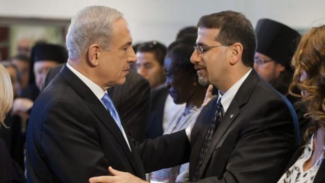 بنیامین نتانیاهو، نخستوزیر اسرائیل، (چپ) همراه دان شاپیرو، سفیر ایالات متحده