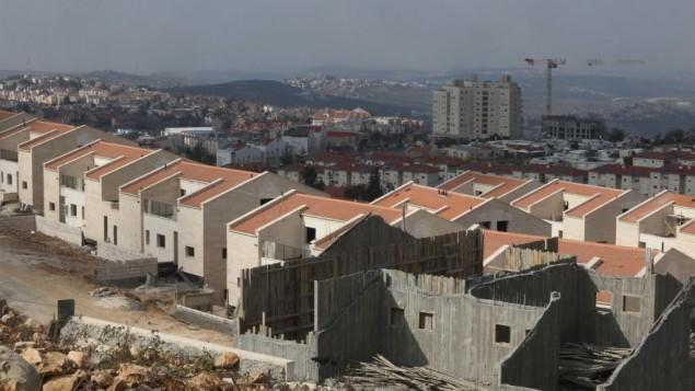 ساخت و ساز در شهرک آریل
