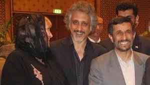 روزنامههای ایتالیایی عکس دو نفر از بازداشت شدگان را در کنار محمود احمدی نژاد منتشر کردهاند