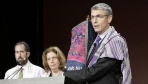 خاخام جونا داو پیسنر، مدیر مرکز اقدامات مذهبی، شاخهی مشاورت قانونی جنبش اصلاح