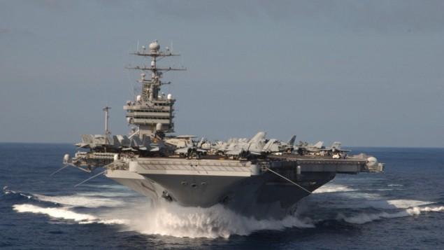 یو.اس.اس استینیز در راه خلیج فارس