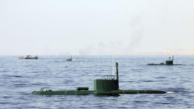 زیردریاییها و کشتیهای جنگی ایران در مانوری در دریای عمان