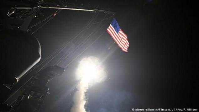 حمله موشکی ازیک ناو آمریکایی به حمص سوریه