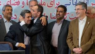 احمدی نژاد - بقایی- مشایی