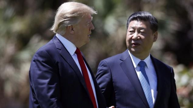 توضیح تصویر: پرزیدنت دونالد ترامپ، چپ، و رئیس جمهور چین شی جینپینک پس از دیداری در مارالاگو، پالمبیچ،