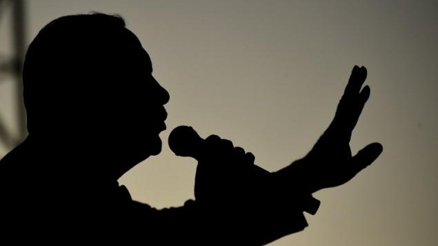توضیح تصویر: رئیس جمهور ترکیه رجب طیب اردوغان حین سخنرانی در فستیوال جوانان استانبول در روز استانبول – ۴ مه ۲۰۱۷