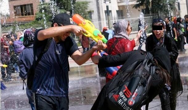 آب بازی منجر به بازداشت و جریمه و شلاق در ایران