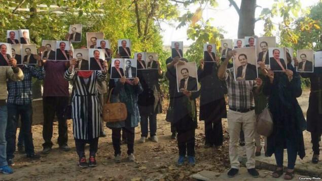 اجتماع شماری از هواداران محمدعلی طاهری در اعتراض به حکم صادره برای او