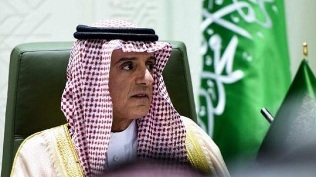 توضیح تصویر: عادل الجبیر، وزیر امور خارجهی عربستان سعودی در کنفرانس مطبوعاتی به همراه همتای فرانسوی خود در ریاض، پایتخت عربستان – ۱۶ نوامبر ۲۰۱۷