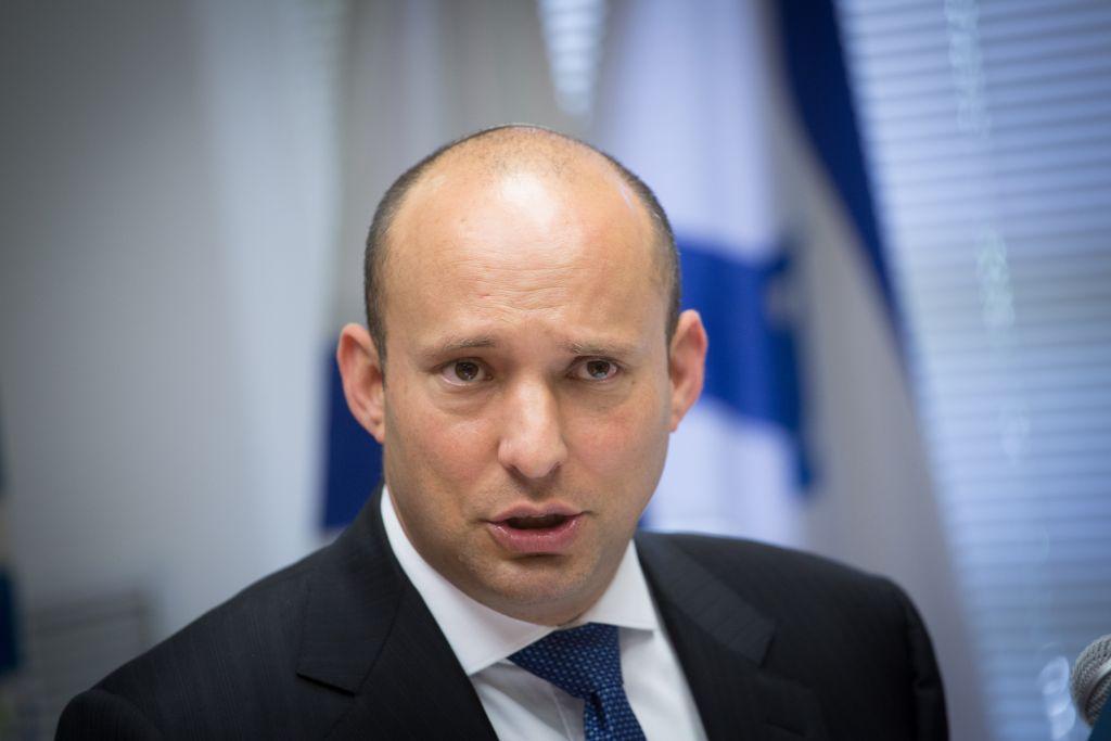 نفتالی بنت وزیر آموزش و پرورش، عضو کابینۀ امنیتی اسرائیل و رئیس حزب ملیگرای «خانهی یهودی» (عکس: میریام الستر، فلاش90)