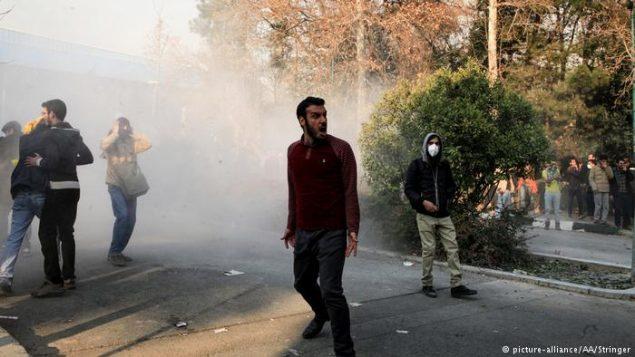 صحنه ای تظاهرات اعتراضی در ایران
