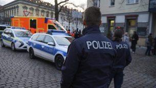 پلیس خیابانهای اطراف بازار کریسمس را بست
