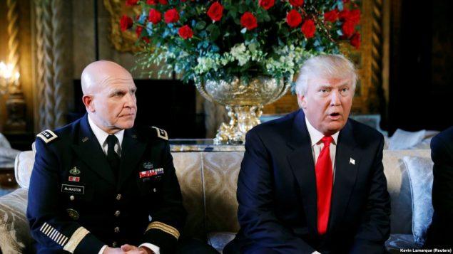 ترامپ و مشاور امنیت ملی کاخ سفید