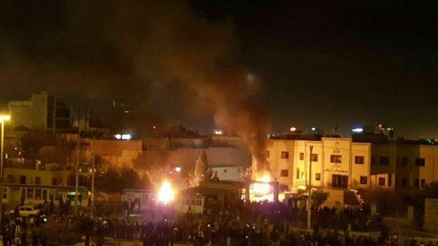 صحنه ای از اعتراضات اخیر در ایران